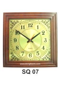 Đồng hồ treo tường gỗ cao cấp, tô điểm tổ ấm Việt  SQ%2007%20GP